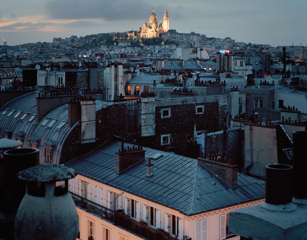 Alain cornu photographe des toits parisiens la nuit for Appartement sur les toits paris